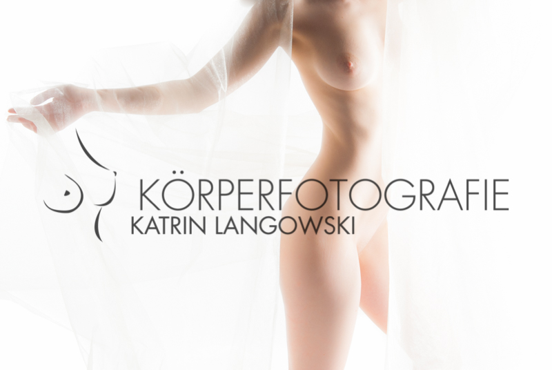 Aktfotografie Hamburg Eimsbüttel Tanzender, Frauenakt,